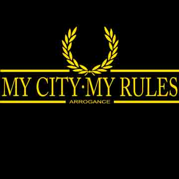 CAMISETA LAUREL ARROGANCE (MY CITY MY RULES -NEGRA/AMARILLO-)