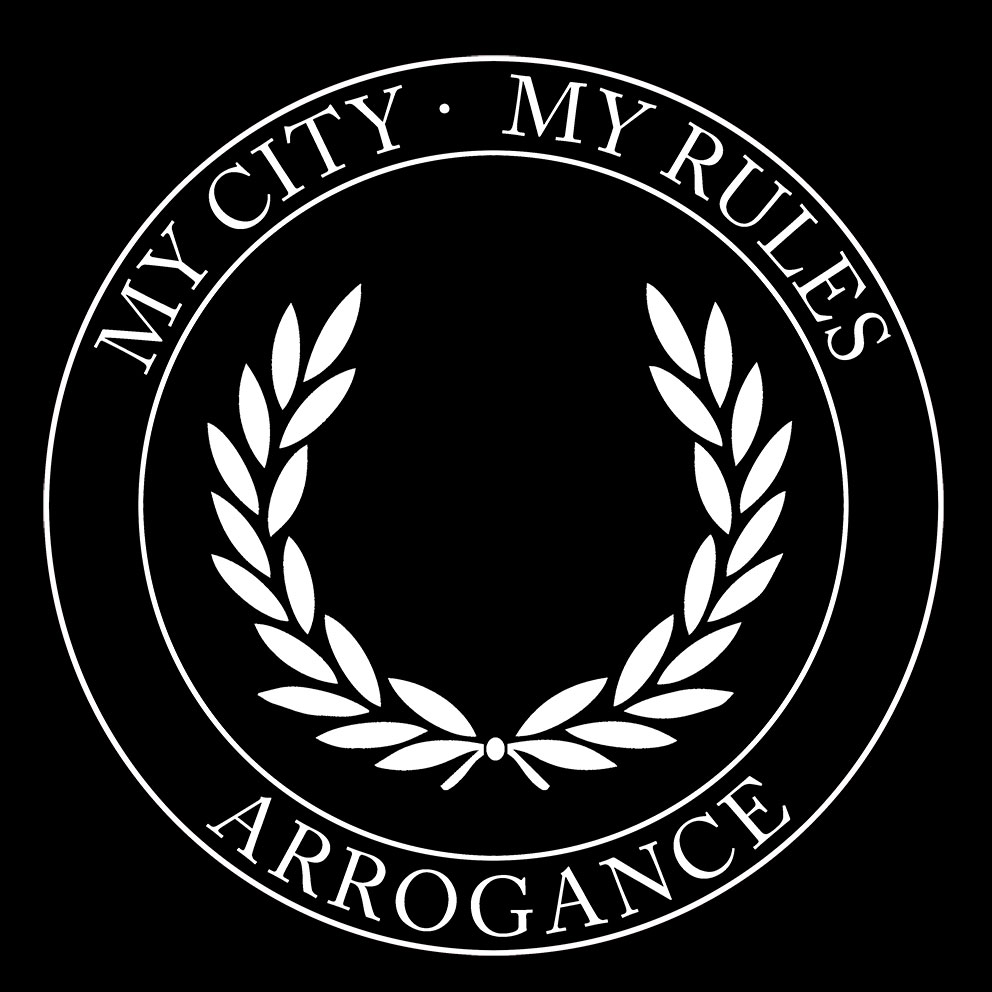 CAMISETA LAUREL NEGRA MY CITY · MY RULES (CIRC)