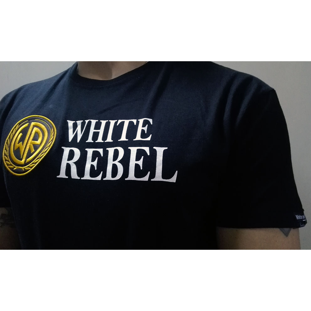 CAMISETA WHITE and REBEL LOGO BORDADO NEGRA